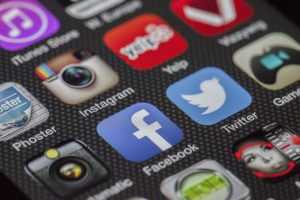 social media posts as one of restaurant business strategies