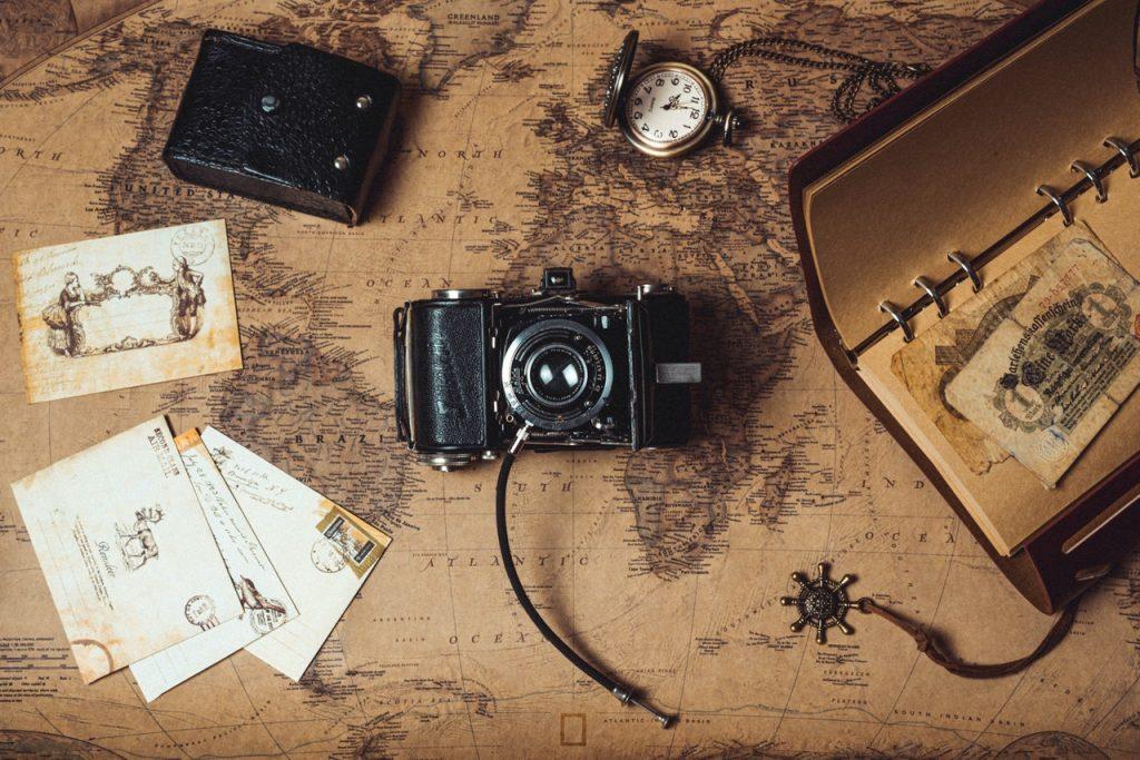 black-1-lens-camera-3014826